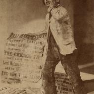Newsboy Crying the News of the Chicago Fire; Oscar Gustave Rejlander, Photograph, 1871 (ichi-18329)