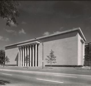Chicago Historical Society 1971 Addition; Hedrich-Blessing Harr, Photograph (HB-36200A)