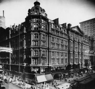 The Palmer House; Photograph, ca. 1920 (ichi-00750)