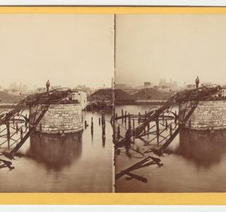 The Van Buren Street Bridge after the Fire; G. N. Barnard for Lovejoy & Foster, Stereograph, 1871 (ichi-19792)
